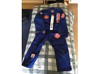Gracie Barra Kids Jui-jujitsu and Karate Gi and Kit with Bag and 2 belts.