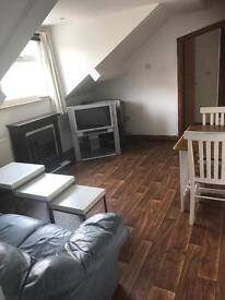 2 Bedroom furnished flat - Morley