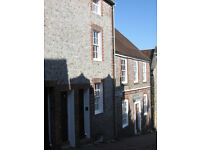 Lewes Town Centre 2/3 Bed House/Cottage Grade II Listed Cobbled Street 5 Mins from Station