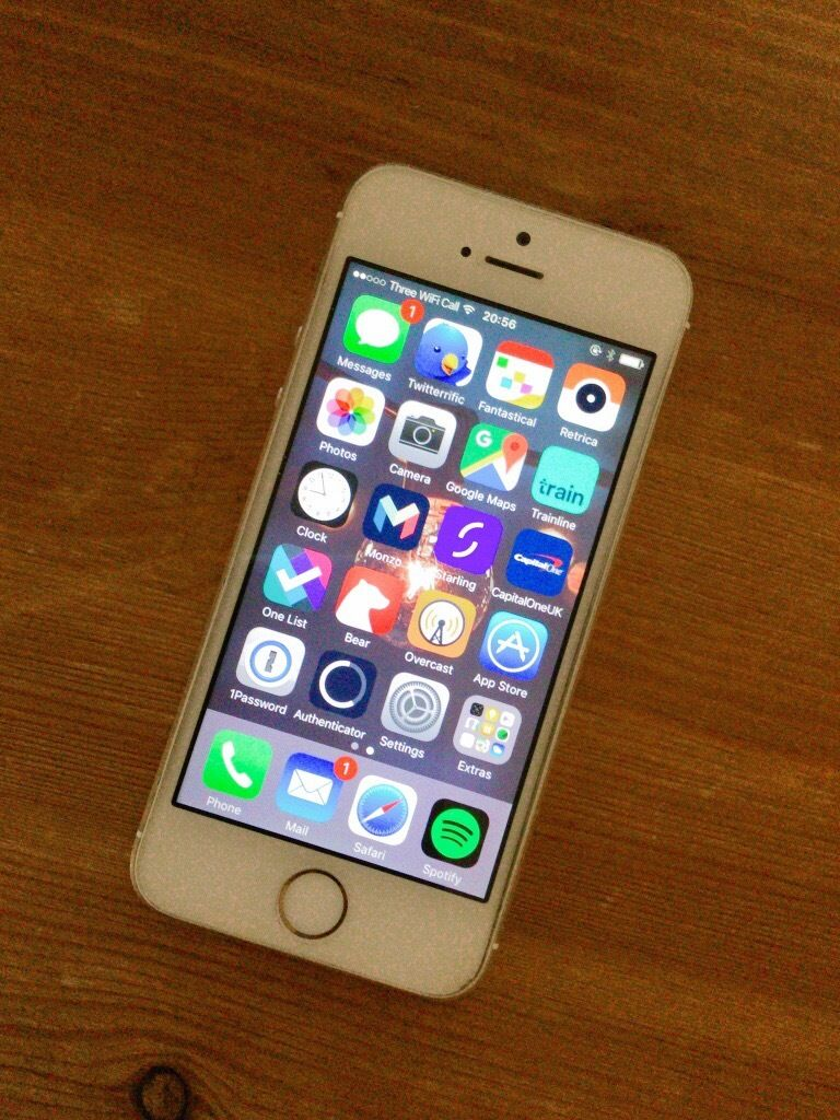 iphone 5s gold. iphone 5s gold 16gb unlocked with new battery iphone a