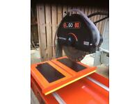Paving wet table saw