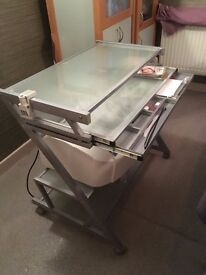 Metal glass PC trolley,good condition