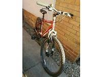 "Trek 3700 - mens small 18"" mountain bike - Needs some TLC"
