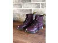 Dr marten boots size 7 (lady's) purple. Cost £115 will only except £50 no less & never worn.
