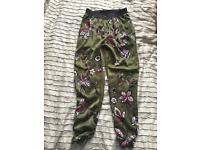 Lady's trousers size 8