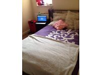 Double room to let 280 pound per month all inclusive. Available now. 2mins from train station