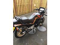 1985 Suzuki gsx550e 12500 mls original v/tidy bike collector condition px royal Enfield maxi scooter