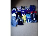 BUNDLE OF BOYS CLOTHES - AGE 3-4 - BARGIN