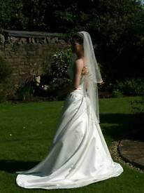 Folio Wedding Dress Size 10