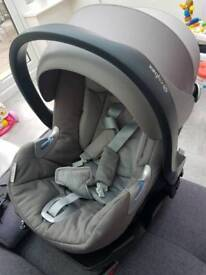 Cybex Platinum baby car seat with isofix base, rain cover, rear view mirror and adaptors