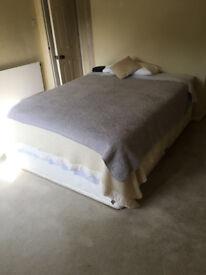 Pocket spring divan bed, base with four large drawers 6ft 6ins x 5ft