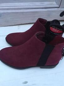 Ankle boots (bnwt)