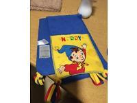 Noddy scarf age 2-4