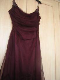 Ladies full length evening dress US size 4 (fits a UK size 10) - plum colour