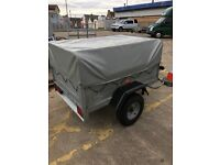 Erde 142 trailer with high frame and cover