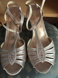 Monsoon size 4 shoes and handbag