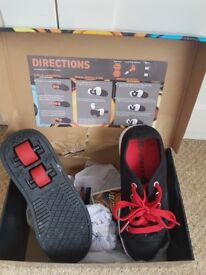 Heelys Size 3 in red and black
