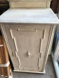 Vintage cupboard for refurbishment