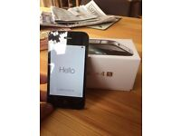 iPhone 4S locked to O2 - excellent condition