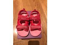 Clarks sandals - size 5 F EUR 21