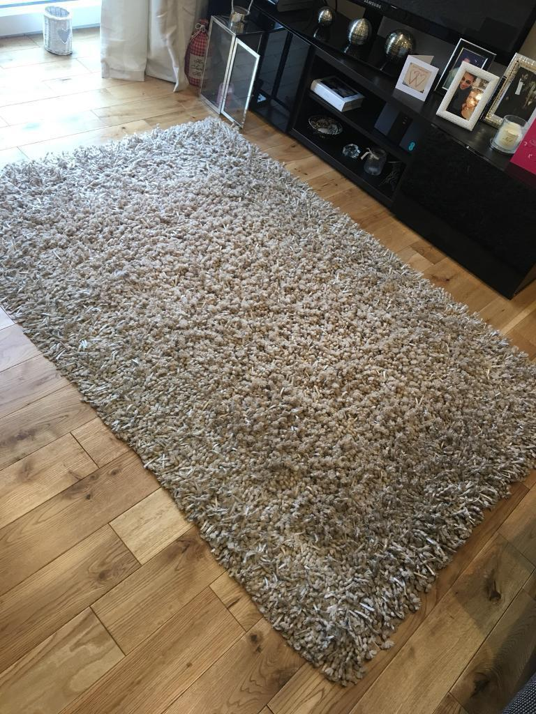 Bhs Rug In Alwoodley West Yorkshire