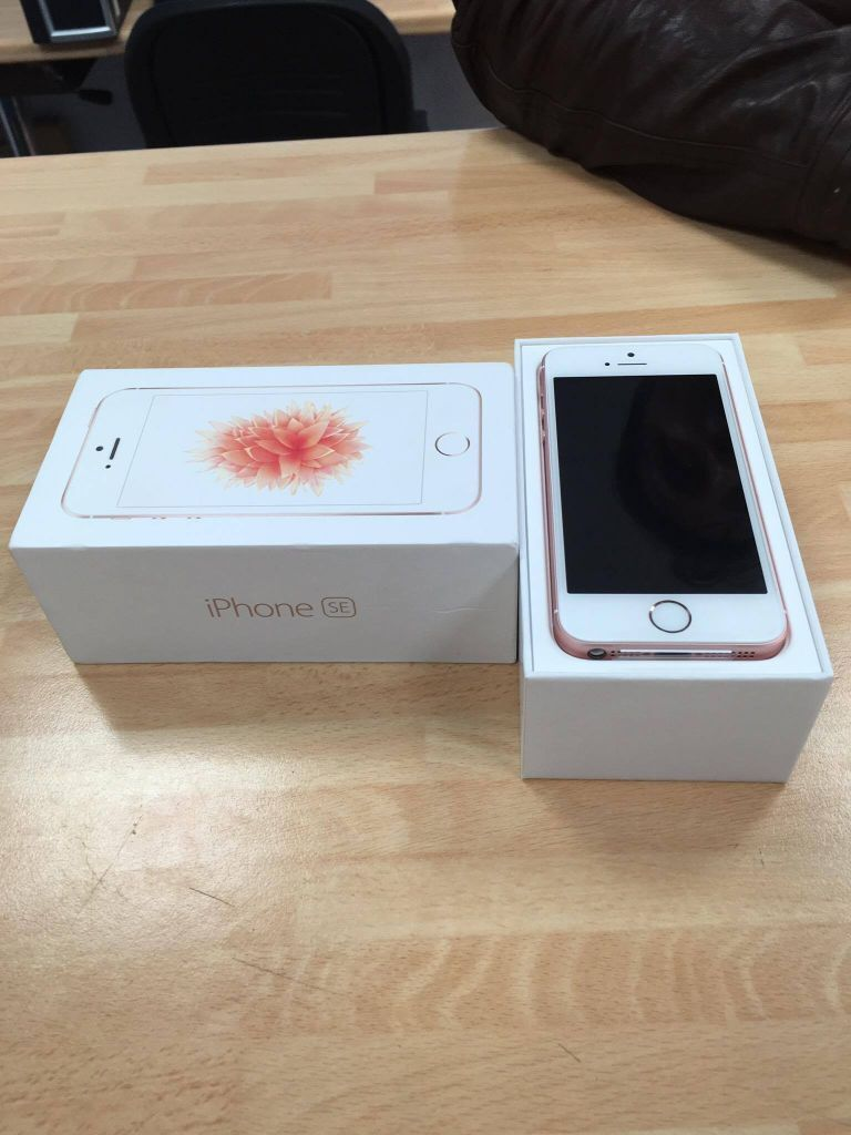 latest iphone se for sale boxed on ee network in. Black Bedroom Furniture Sets. Home Design Ideas