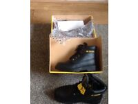 Brand new safety shoes