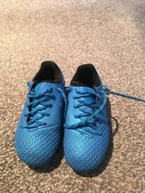 Child's football boots size 10.5