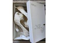 Stunning vintage style size 5 ivory wedding shoes