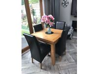 Arighi Bianchi Solid Oak Dining Table and Chairs