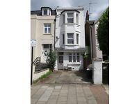 Spacious 2 double bedroom garden flat in Balham SW12