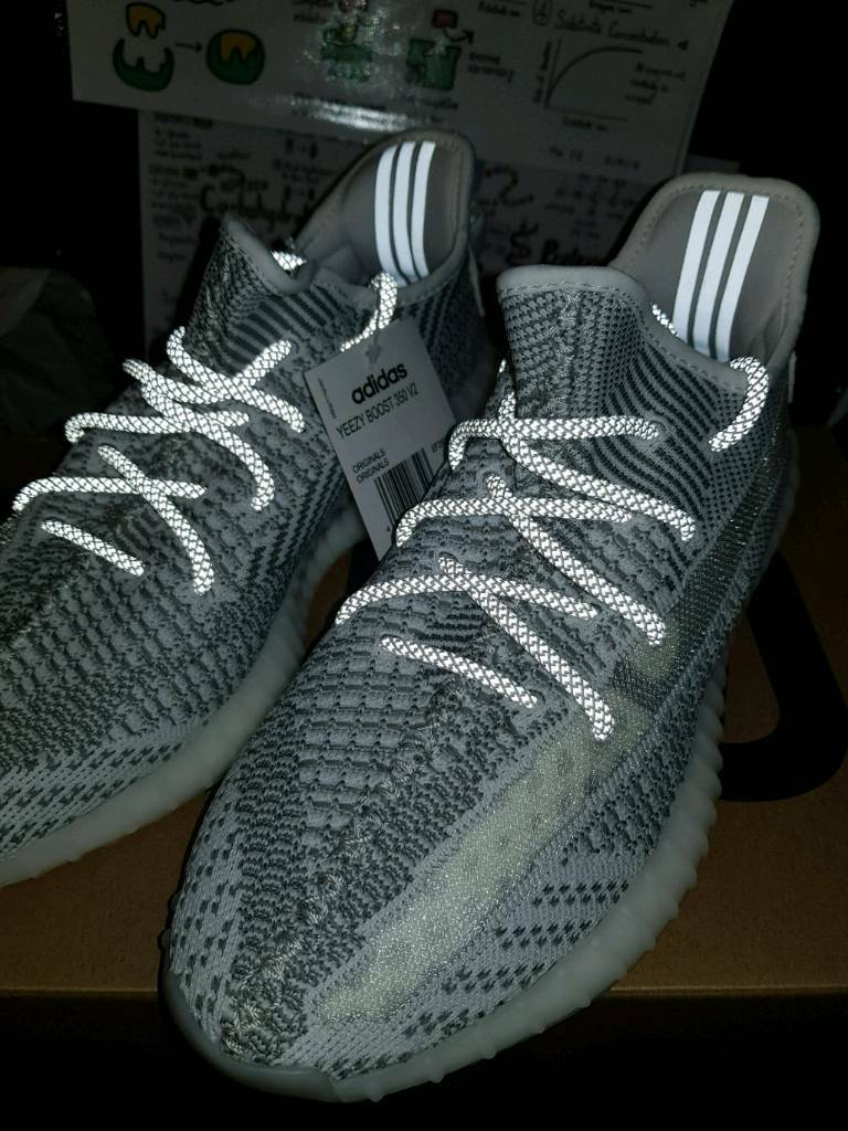 c4a6ff2bab9be FREE DILEVERY  Adidas yeezy boost 350 v2 static non reflective SIZE 9