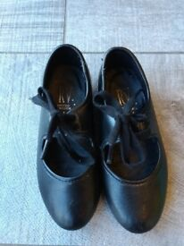 Black girls tap shoes size 8