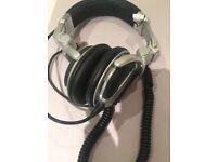 Bargain Pioneer HDJ 1000 Headphones