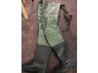 Chest waders fishing size 10