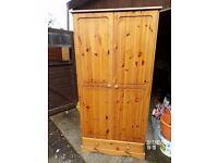 Pine wardrobe in Excellent condition