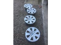 Set of 4 steel wheels for BMW 3 Series (including wheel trims)