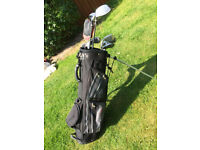 Chicago Golf SGS 5-SW, 3/4 hybrid, 3 wood and stand bag
