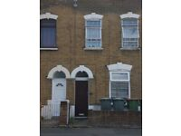 Forest Gate E7. 1 bed flat. Victorian conversion, Good condition, Nice quiet Road near Stratford E15