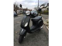 MATT BLACK - 2010 VESPA LX 125cc - £999