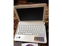 Samsung windows XP notebook in pink