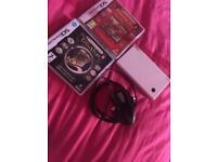 White Nintendo dsi, with charger and games(optional)