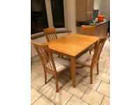 Extendable Table & Chairs Seats 6