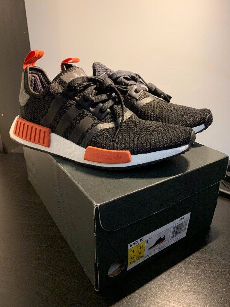 098018e67b36d Adidas NMD R1 trainers (BRAND NEW)