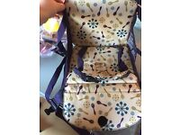 Munchkin booster seat- hardly used