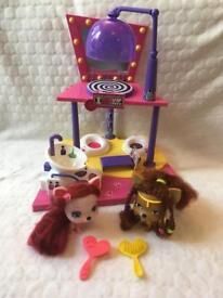 VIP Pets Salon Doll Playset