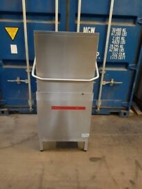 HOBART Bar aid 900S-10N PASS THROUGH DISHWASHER fully working year 2015 A++
