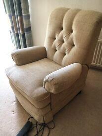 Parker Knoll riser recliner chair