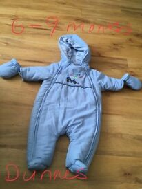 Romper suit 6 to 9 months