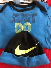 Baby Nike Just Do It Set